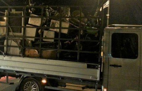הברחת הפסולת האלקטרונית לשטחים נמשכת: שלוש משאיות נתפסו