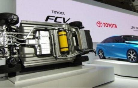 טויוטה נותנת חינם את הפטנטים שלה בטכנולוגיית תאי הדלק