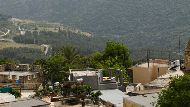 פורסם מכרז עיריית צפת להשכרת גגות מבני ציבור למערכות סולאריות