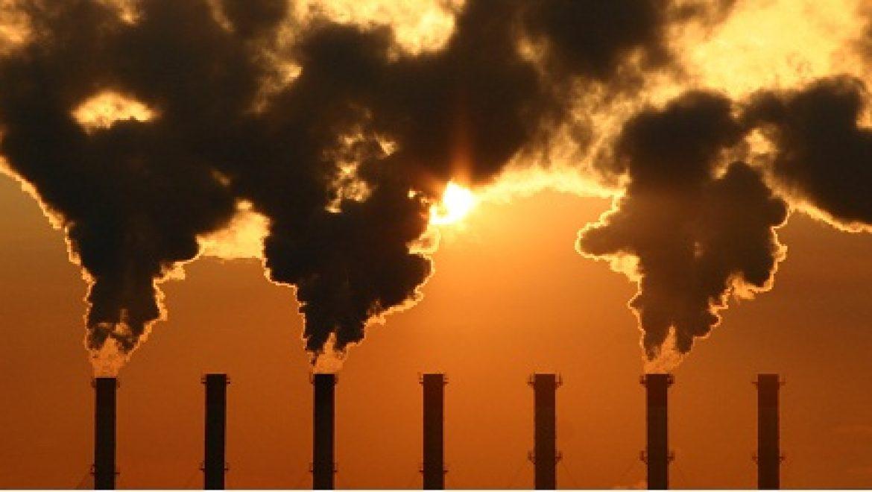 אדם טבע ודין דורשת שקיפות על סכנות סביבתיות ממפעלי תעשייה
